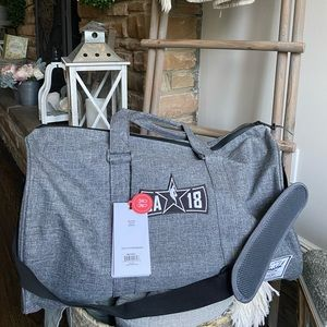 Herschel Novel Raven Duffle Bag